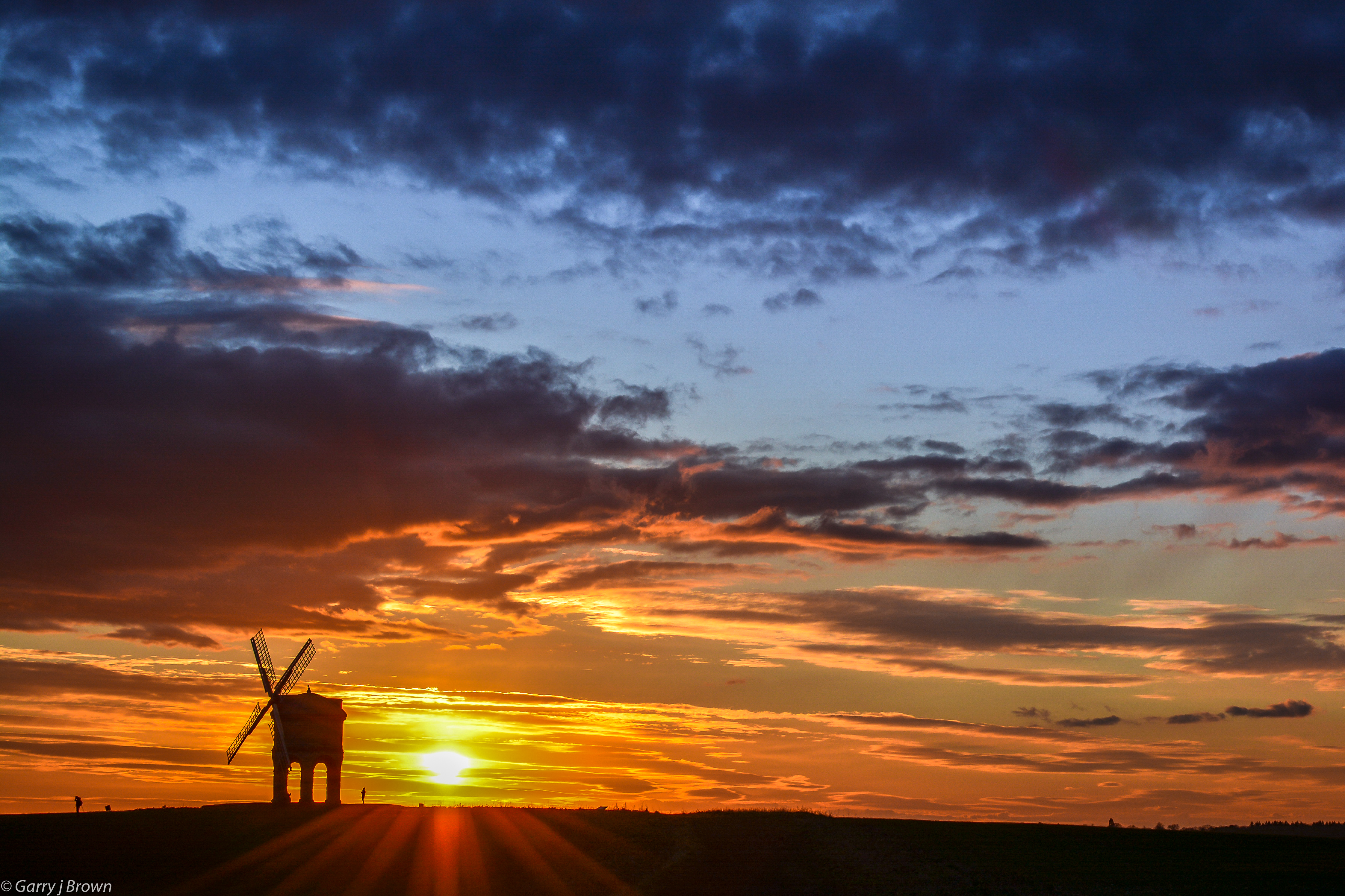 Sun setting at Chesterton Windmill