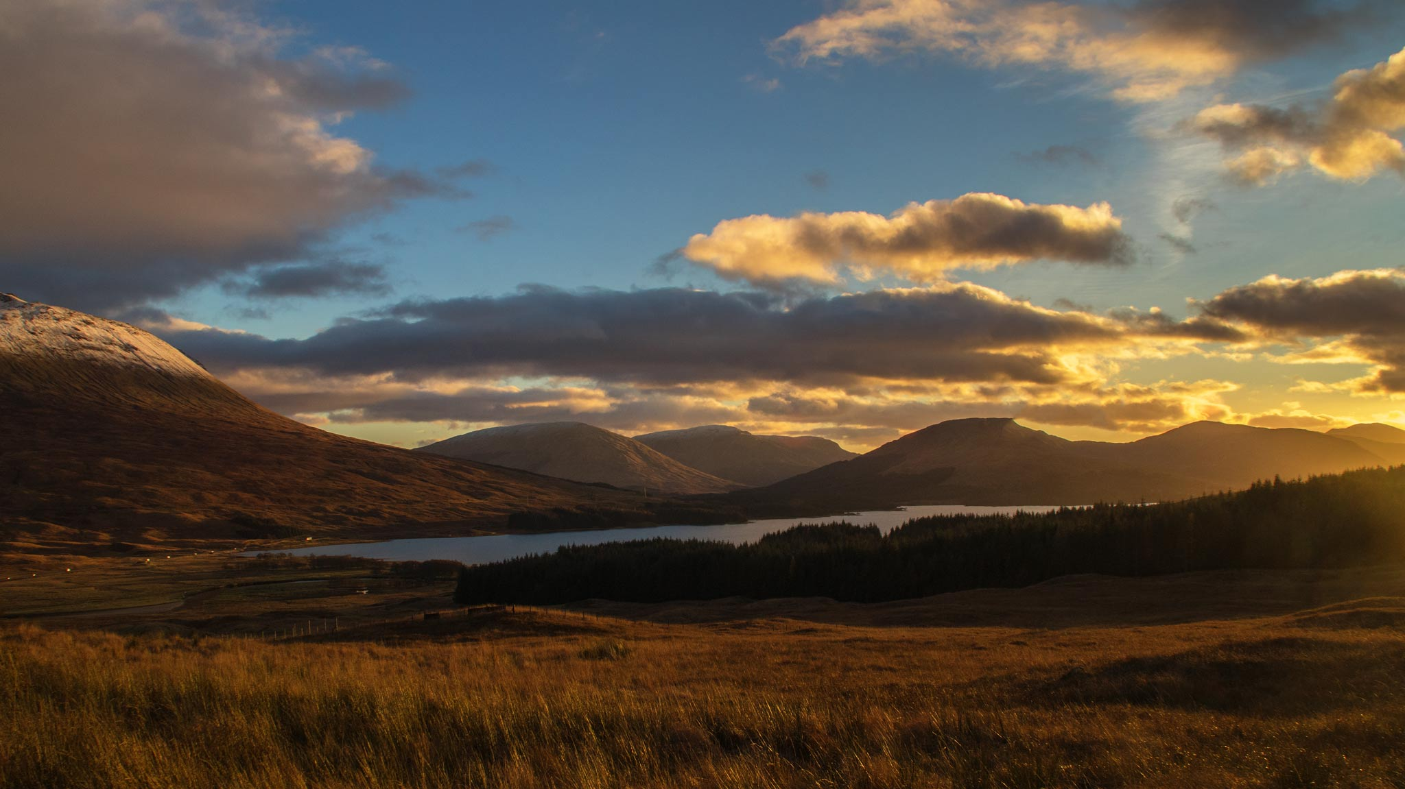 Loch Tula Scottish highlands as the sun goes down