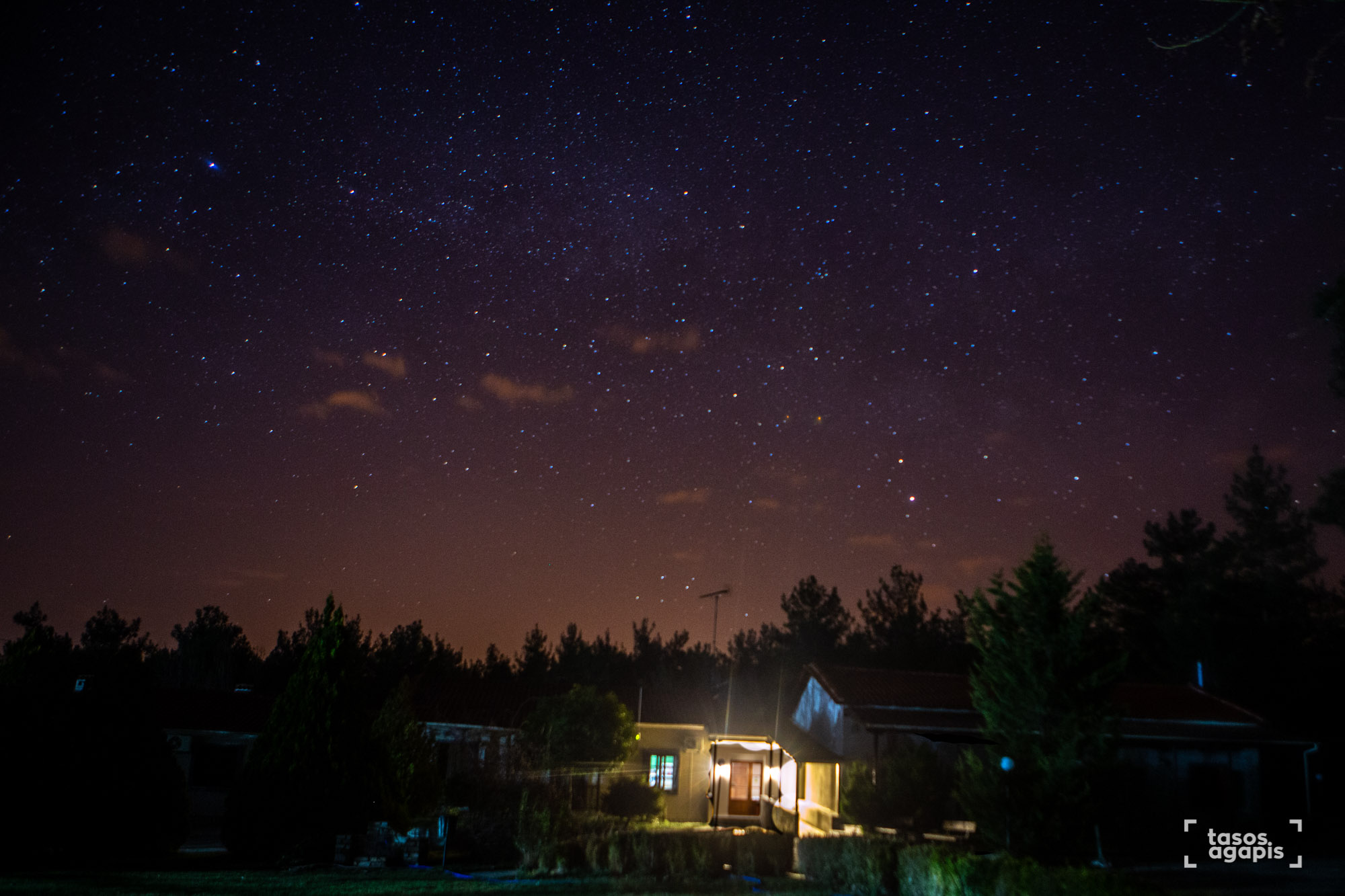 Stary night over hotel