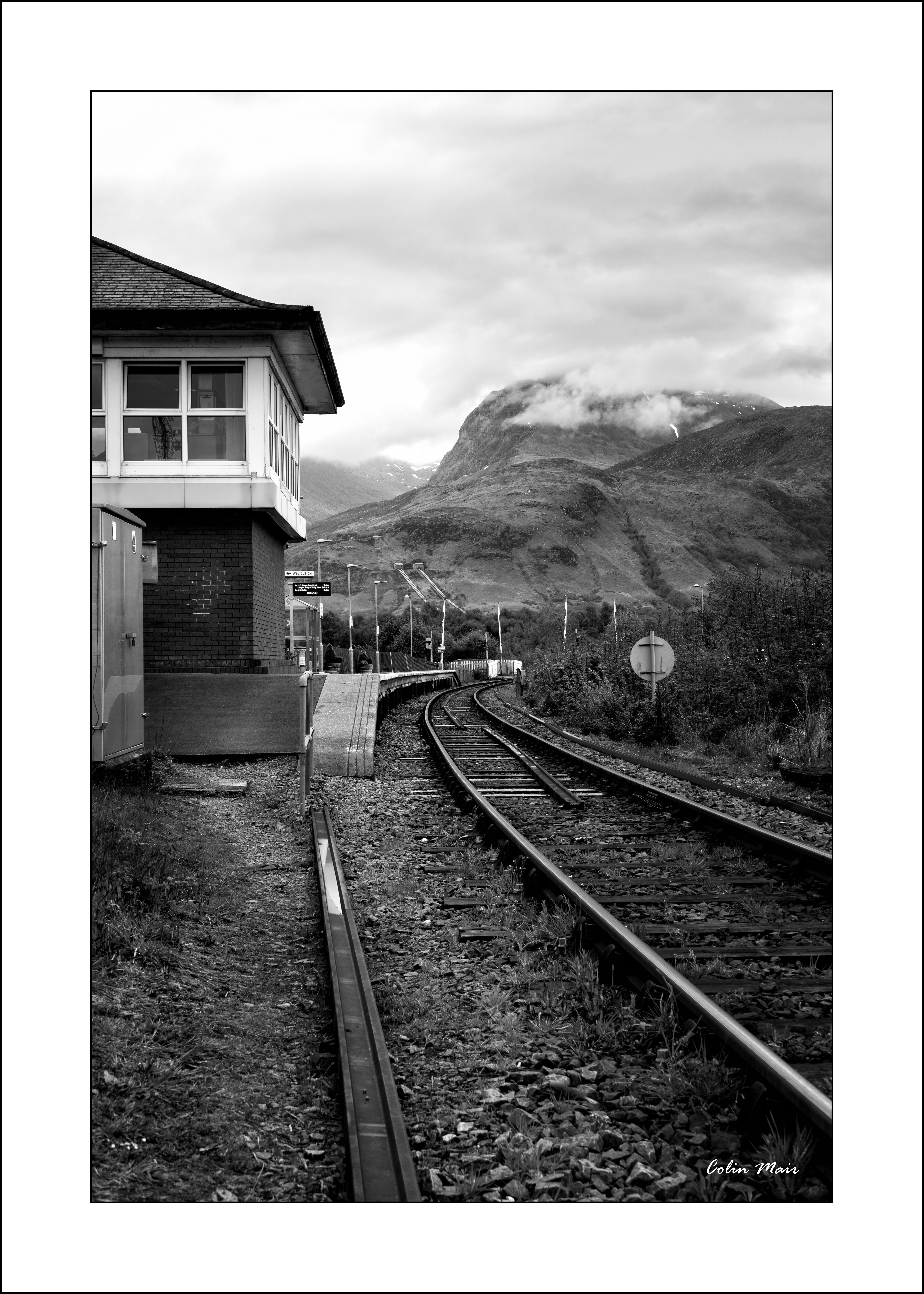 Signal Box - 2019-04-27th, Fort William, Scotland, UK