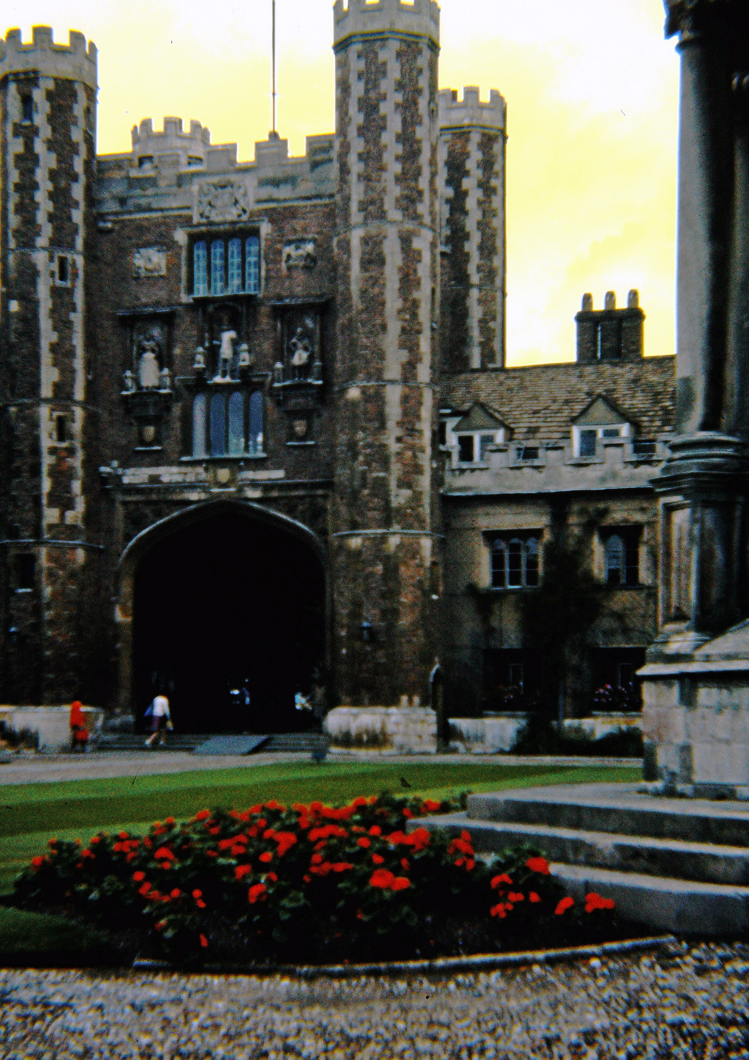 Vintage Picture - Cambridge Kings College Gate 1974
