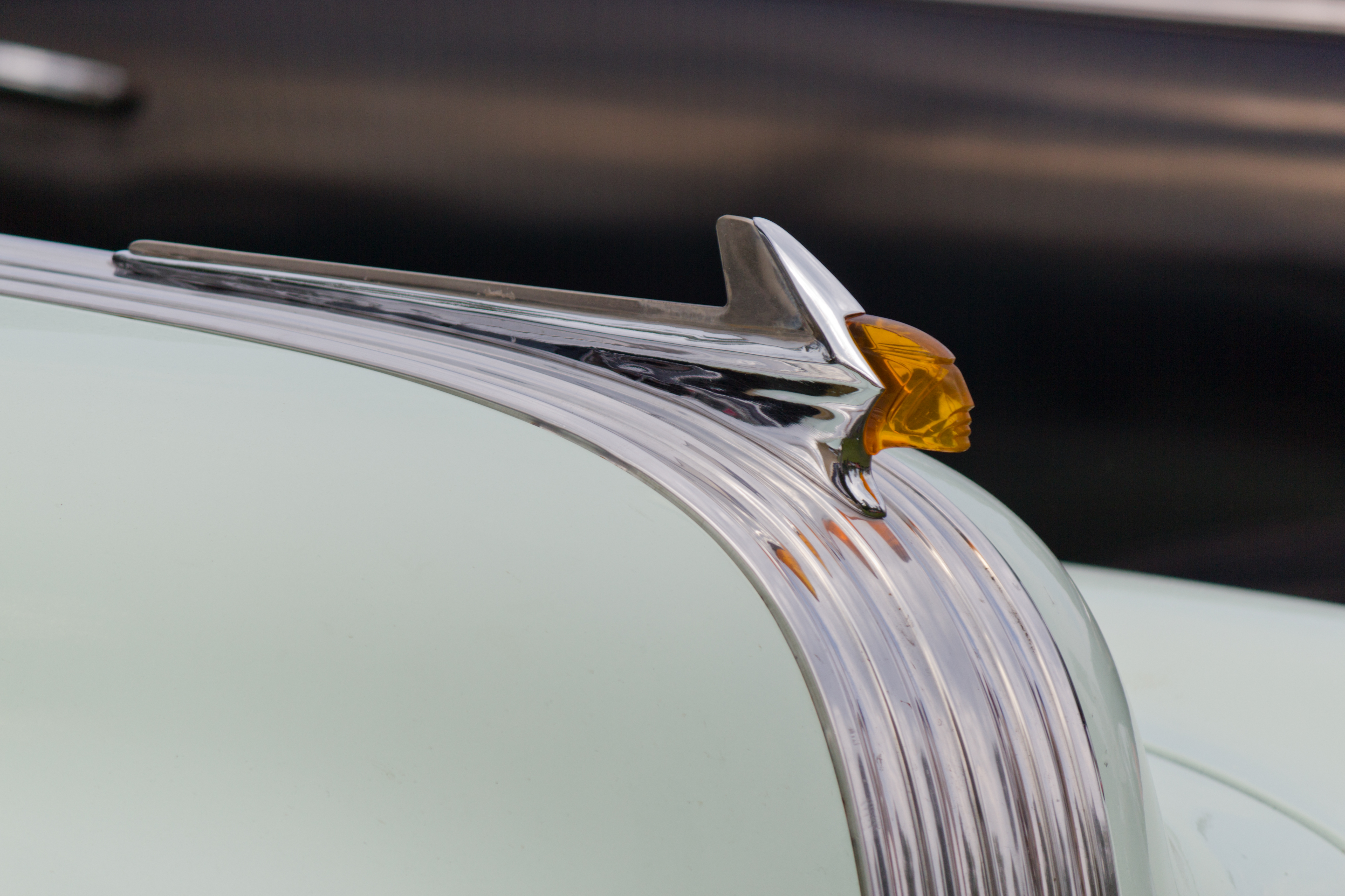 1952 pontiac hood ornament