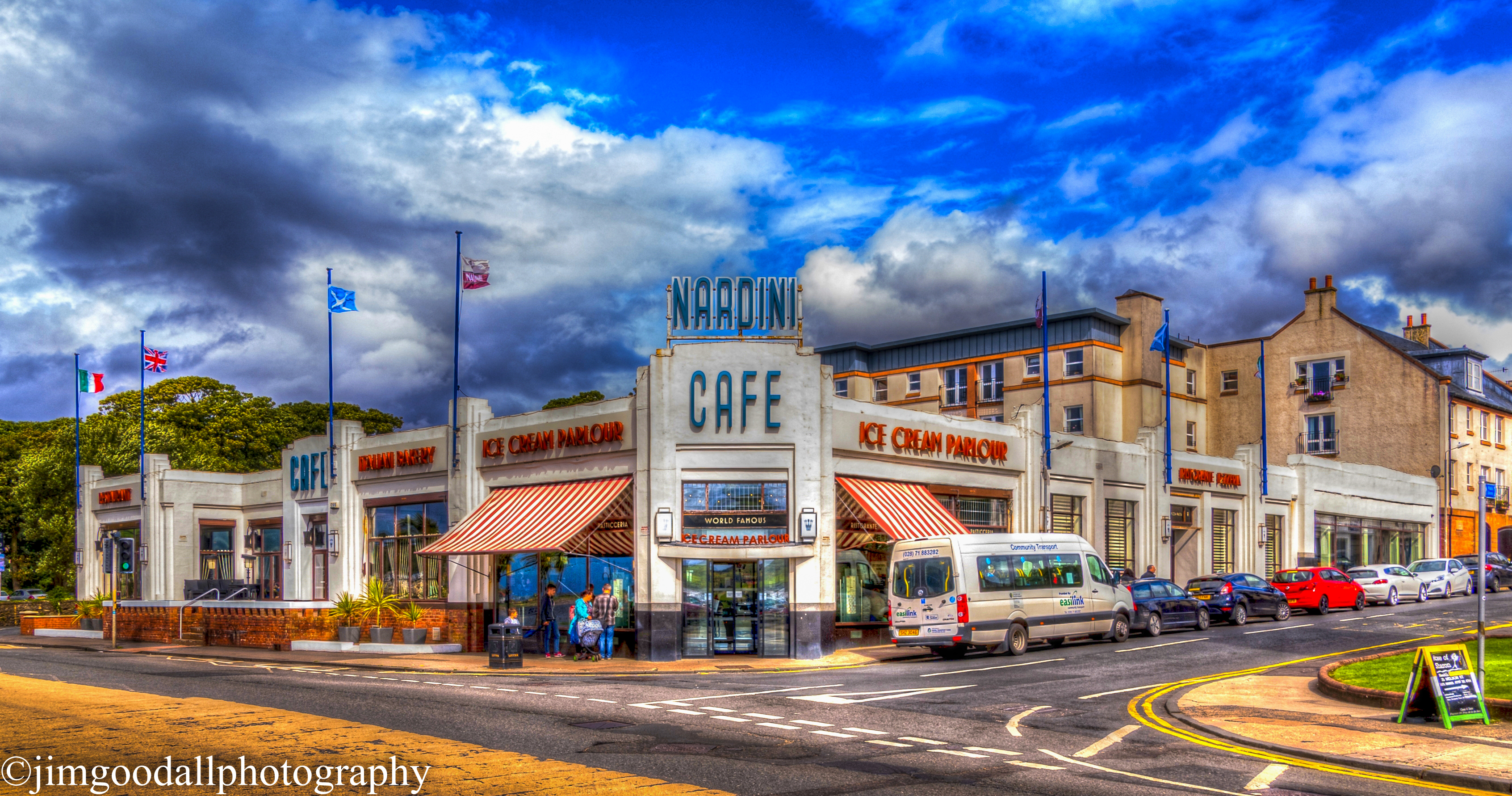 Largs Daytrip - HDR