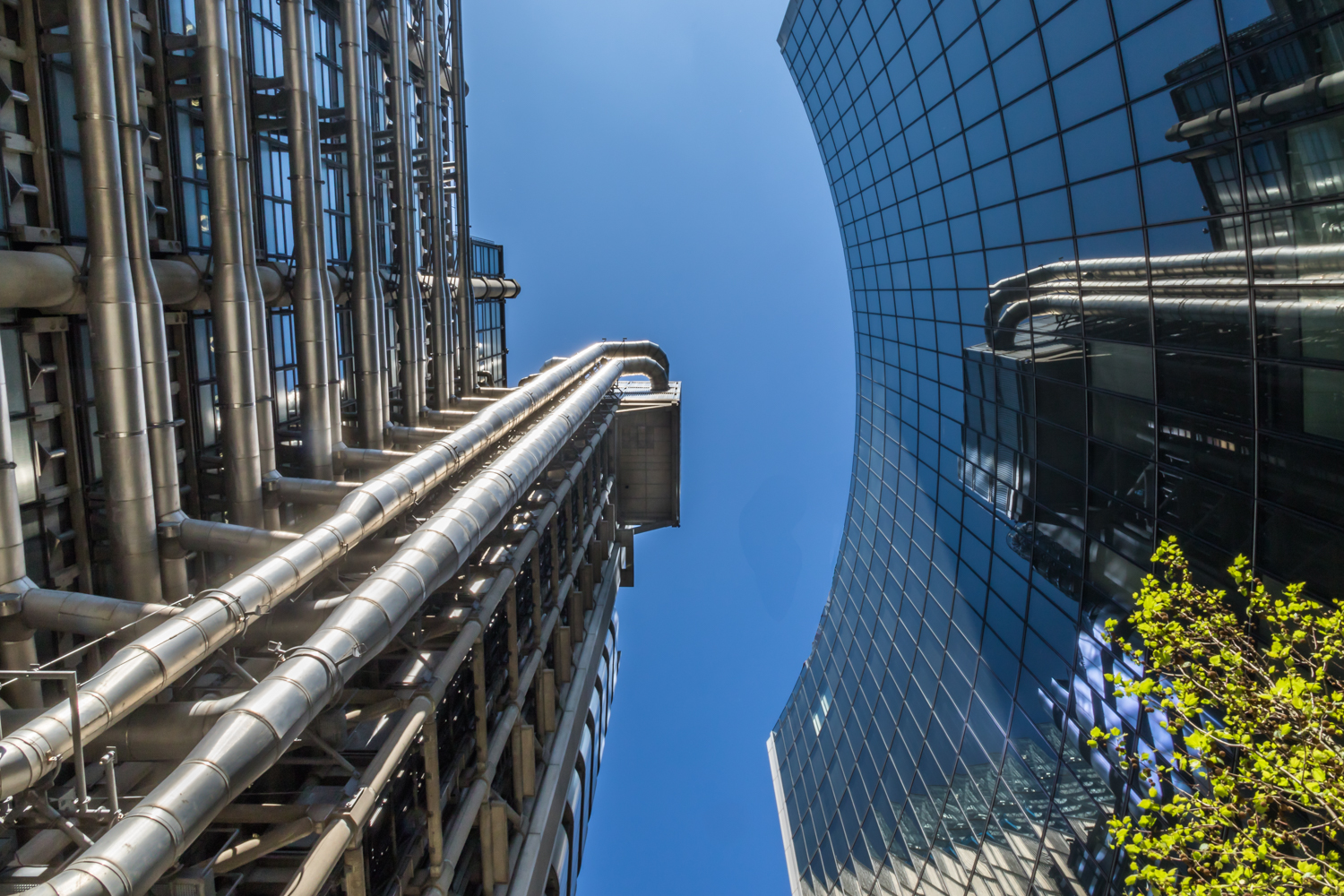 The Lloyds Building and the adjacent Willis Building in London